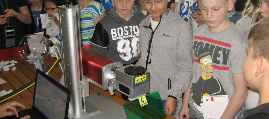 Uczniowie ze SP w Nowej Wsi Ełckiej w Parku Naukowo-Technologicznego w Ełku.