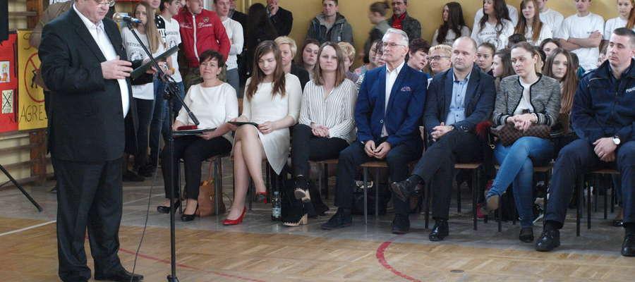 W spotkaniu wzięli udział uczniowie, nauczyciele, rodzice, władze samorządowe
