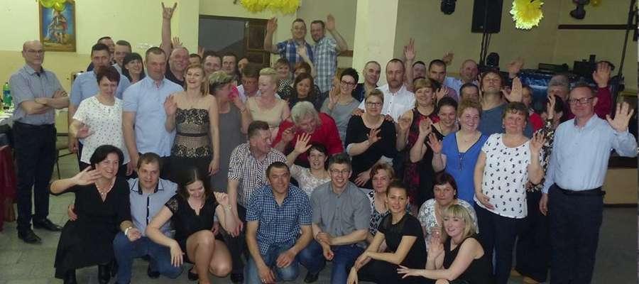 Na zabawie sołeckiej w Świętajnie bawiło się około 70 mieszkańców.