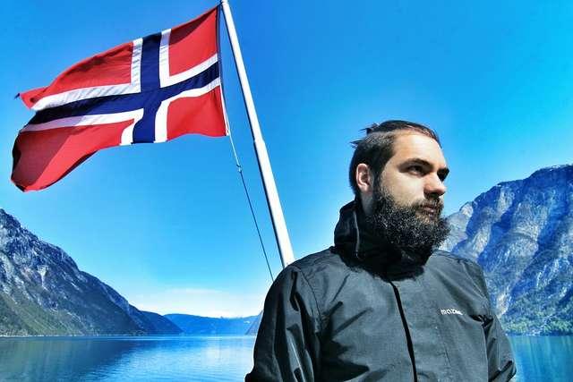 Nuda po sesji? A może kurs norweskiego online? - full image