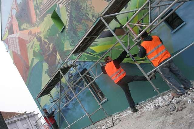 Poszukiwany artysta. Ma stworzyć mural na UWM w Olsztynie - full image