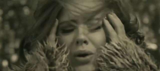 Głos Adele jest poprawiany komputerowo? Ostra reakcja na krytykę - full image
