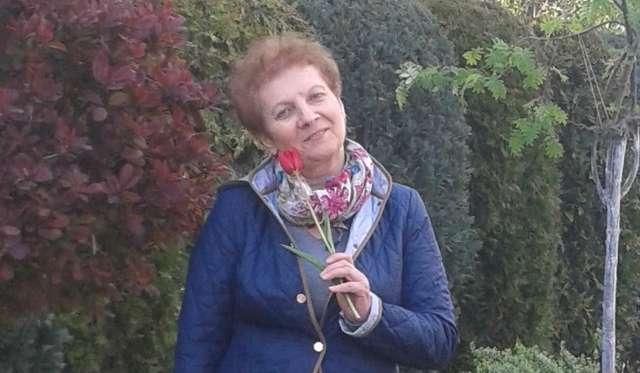Pani Teresa Bartoszek potrzebuje drogiego leku, który pomoże jej w walce z rakiem jajnika