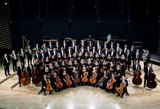 Orkiestra symfoniczna Filharmonii Warmińsko-Mazurskiej z Oratorium Quo vadis w Krakowie - full image