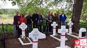 """""""Polacy na Kresach Wschodnich"""" wspólnie z polskimi dyplomatami z Mińska odnowili cmentarz w Burakach"""