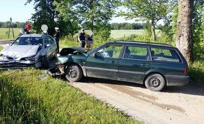 Zderzyły się dwa auta. Jedna osoba trafiła do szpitala