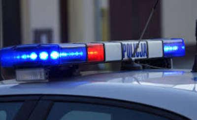 Kobieta najechała na nogę swojej 6-letniej córce. Dziewczynka z obrażeniami trafiła do szpitala
