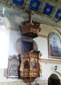 Ambona w kościele w Nowym Kawkowie