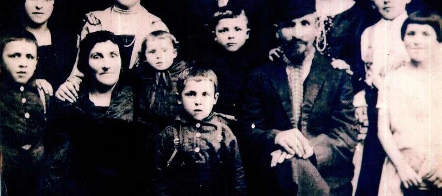 Bieżuńska rodzina Bluman, 1926 r. Zbiory Muzeum Małego Miasta w Bieżuniu O/MWM w Sierpcu