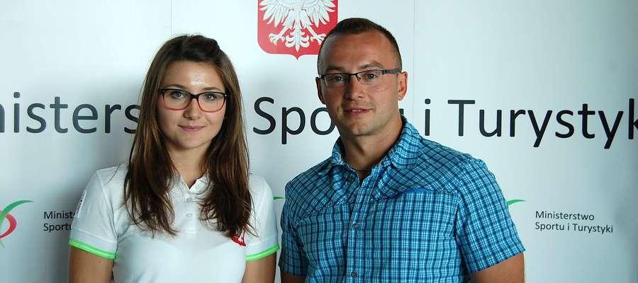 Weronika Mieczkowska z trenerem Leszkiem Kołodziejskim przed wylotem na ubiegłoroczny Olimpijski Festiwalu Młodzież Europy, który także odbył się w Tbilisi