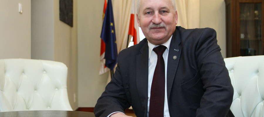 Marszałek województwa Gustaw Marek Brzezin: - Widzimy zainteresowanie przedsiębiorców możliwością pozyskania funduszy