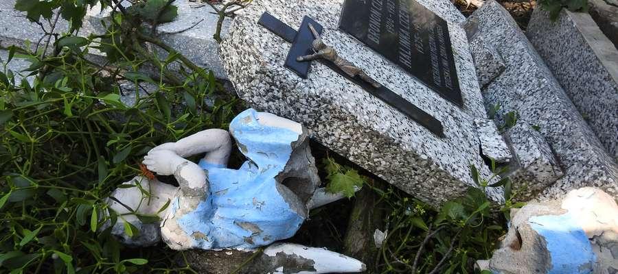 Szkody na cmentarzu parafialnym są spore