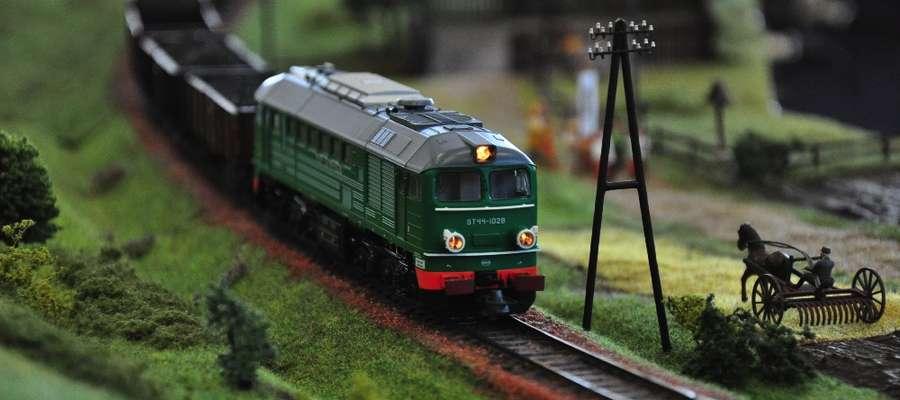 Podczas wystawy nie zabraknie też oczywiście makiety modułowej linii kolejowej, która corocznie jest największą atrakcją, zwłaszcza wśród dzieci