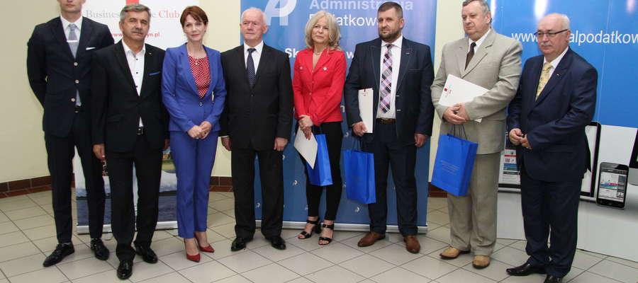 """XIV edycję konkursu """"Urząd Skarbowy przyjazny przedsiębiorcy"""" wygrał Urząd Skarbowy w Elblągu, miejsce drugie i trzecie zajęły urzędy w Braniewie i Giżycku."""