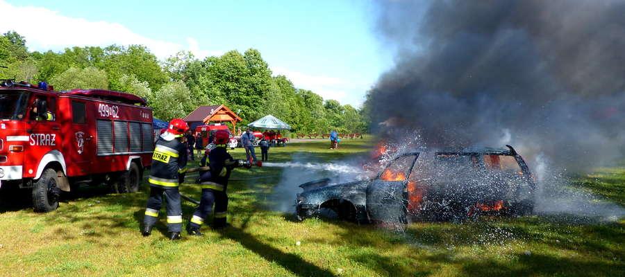 Pokaz strażacki przygotowany przez OSP Sorkwity