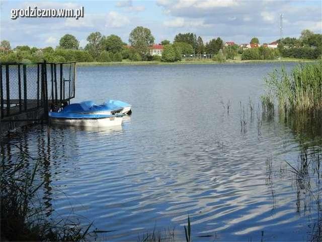 Jezioro Hartowieckie - raj dla wędkarzy i letników - full image