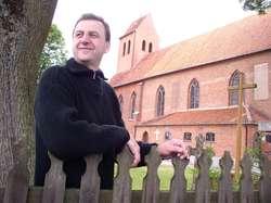 Ksiądz z Butryn napisał książkę o dawnych Prusach