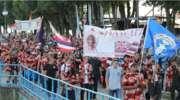 Manifestacja wiary na plaży miejskiej