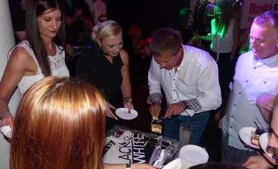 Czerń i biel na urodzinach KINETIC FITNESS CLUB