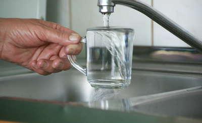 Uwaga! Nie pijcie wody z kranu, jest skażona!