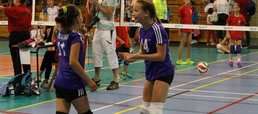 Młody (mini)team z Wilkowa bez sukcesu, ale z ambicjami walczyły w Mistrzostwach Polski w Częstochowie.