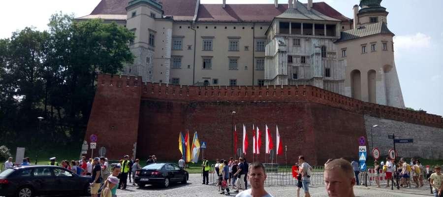 Pielgrzymi ŚDM odwiedzili Gietrzwałd