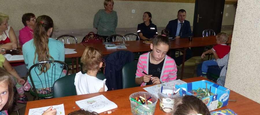 Jedno ze spotkań w ramach zajęć dla dzieci z Montowa