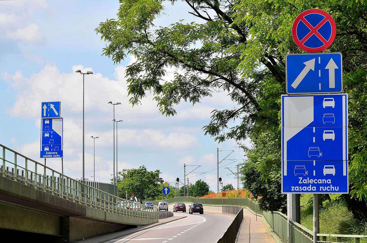 Zmiana przepisów! Kierowców czeka jazda na suwak  - full image