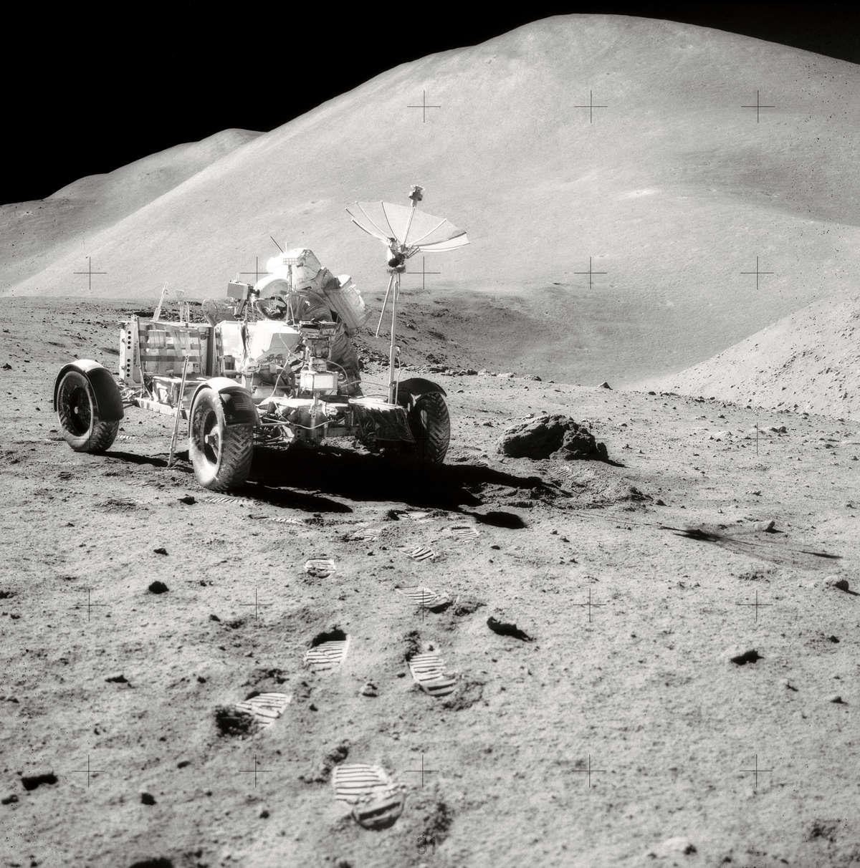 Pojazd księżycowy podczas misji Apollo 15