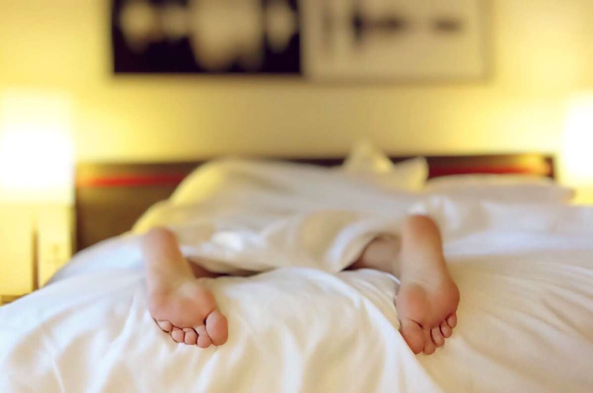Lubisz długo spać? Uważaj na te choroby! - full image