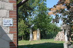 Kibel na cmentarzu