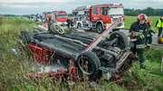 Groźny wypadek pod Mikołajkami. Honda wyleciała z drogi