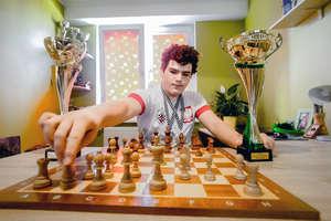 Nagroda wojewody dla elbląskiego szachisty Igora Janika