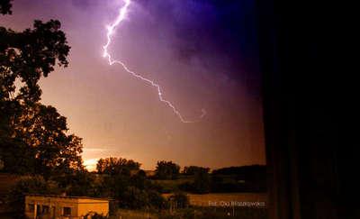 Uwaga na gwałtowne burze na Warmii i Mazurach
