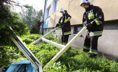 Wybuch gazu w domu wielorodzinnym. Jedna osoba z poparzeniami trafiła do szpitala