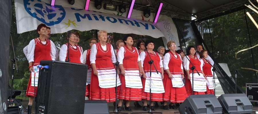 Pierwszy dzień Dni Miłomłyna to blok imprez kulturalno-rozrywkowych, wystąpiła m.in. miłomłyńska Mozaika