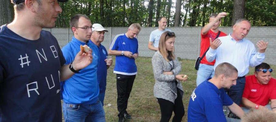 W poprzednim sezonie Amex-Bączek Unia Susz zajęła wysokie 3. miejsce w IV lidze. Po ostatnim meczu ligowym zorganizowano ognisko z kiełbaskami
