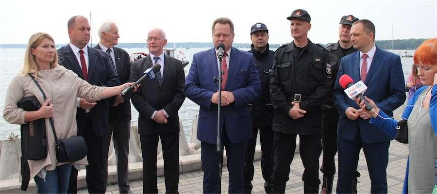 Konferencja wiceministra Jarosława Zielińskiego na giżyckim molo