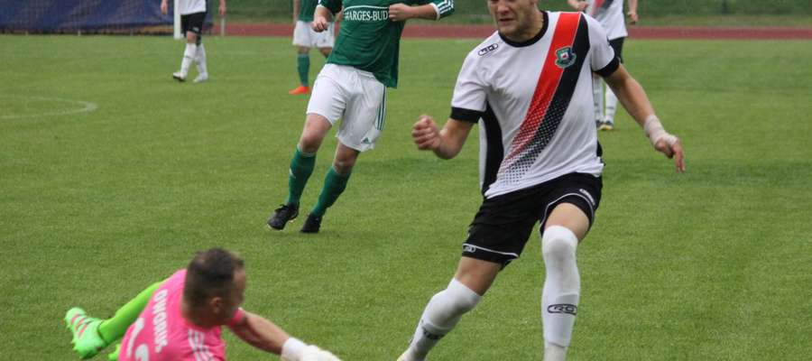 Jedną z bramek dla Łyny strzelił z rzutu karnego Szymon Rentkowski