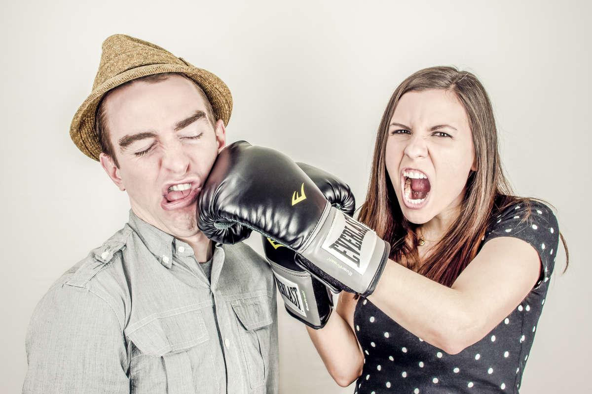 Zmiany nastroju przed miesiączką? Walcz z PMS! - full image