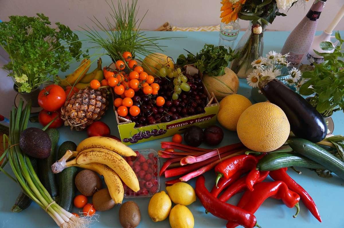 Owoce czy warzywa - co ma więcej wartości odżywczych? - full image