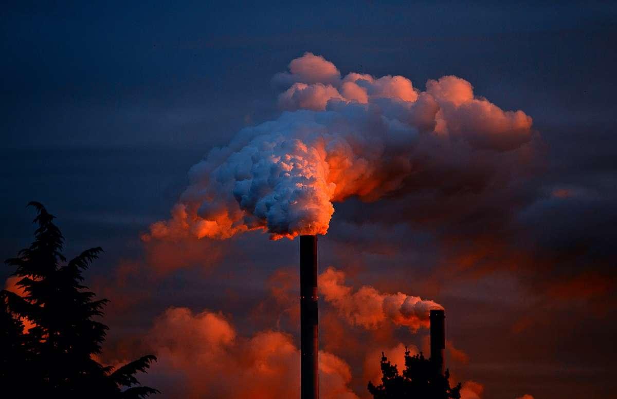 Większość z nas oddycha zanieczyszczonym powietrzem - full image