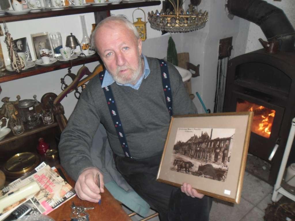 Zbigniew Daszkiewicz i jego kolekcja - full image