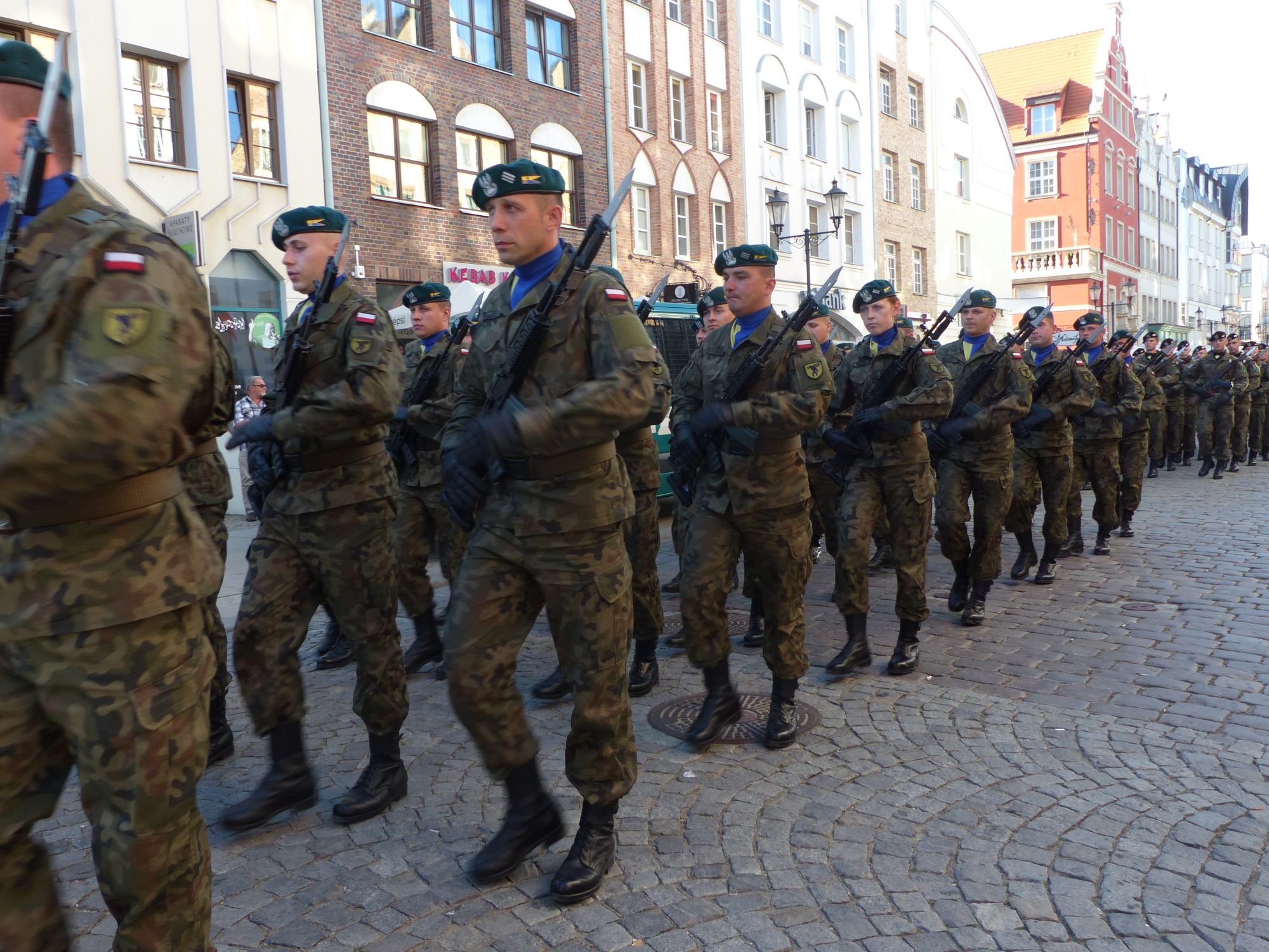 http://m.wm.pl/2016/09/orig/wojsko-na-starowce-335141.jpg