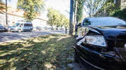 Audi uderzyło w tramwaj. Kolizja przy jednostce wojskowej