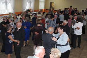 Seniorzy znów na tanecznym parkiecie