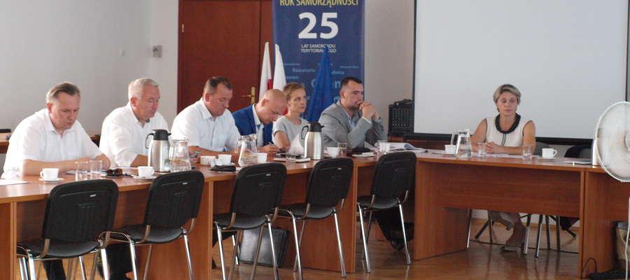 Podczas posiedzenia Rady Miejskiej radni zaakceptowali współpracę z powiatem
