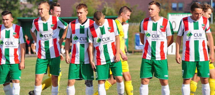 Ostatnia minuta gry była szczęśliwa dla Wkry fot. wkrazuromin.pl
