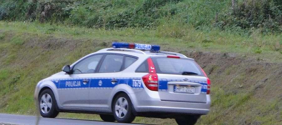 Policjanci po telefonie informującym o zdarzeniu, pojechali do Tereszewa
