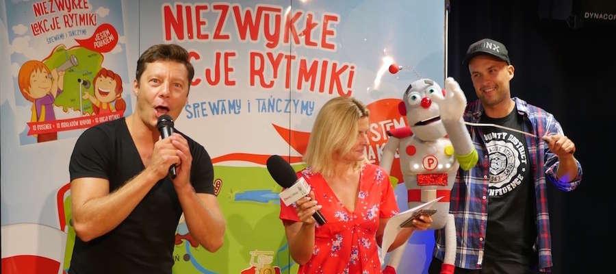 Na zdjęciu m.in. Mariusz Totoszko i Justyna Tomańska - ambasadorzy akcji